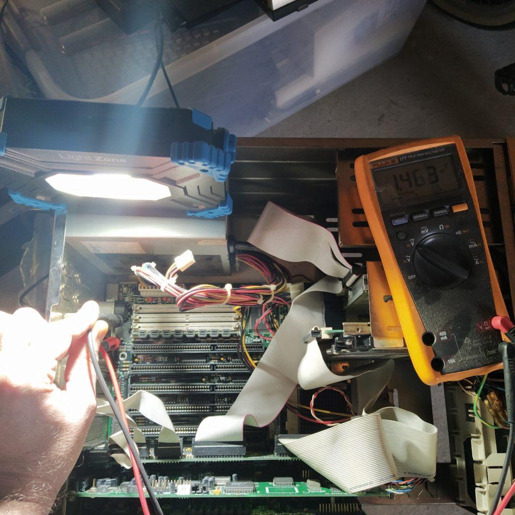 Revisando Voltajes Placa Base Batería BIOS